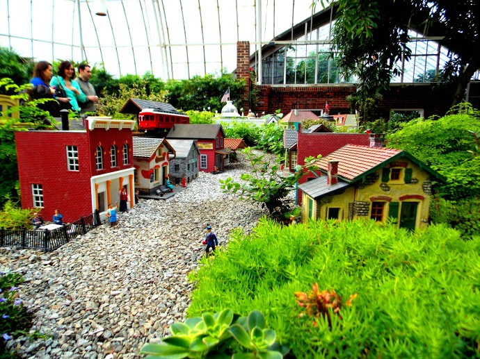 Historical Pittsburgh in Miniature